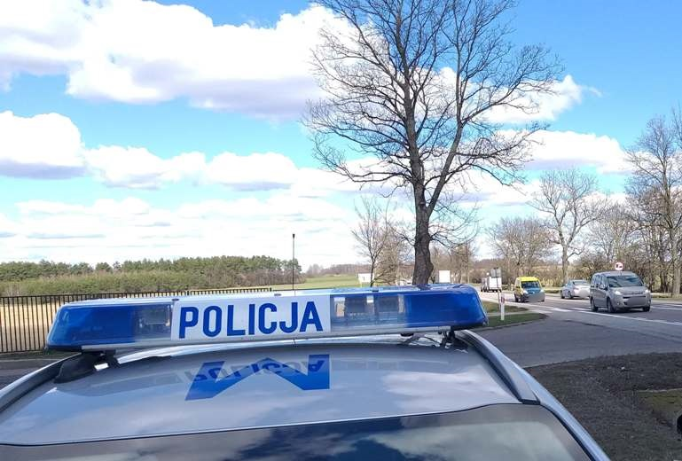 Znalezione obrazy dla zapytania dach policyjnego samochodu